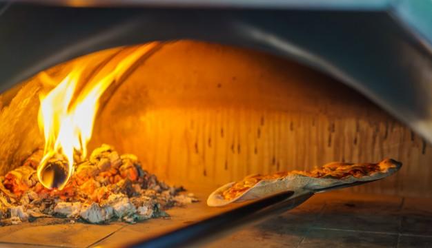 Køb direkte af dit pizzaria - PIZZATILBUD.DK